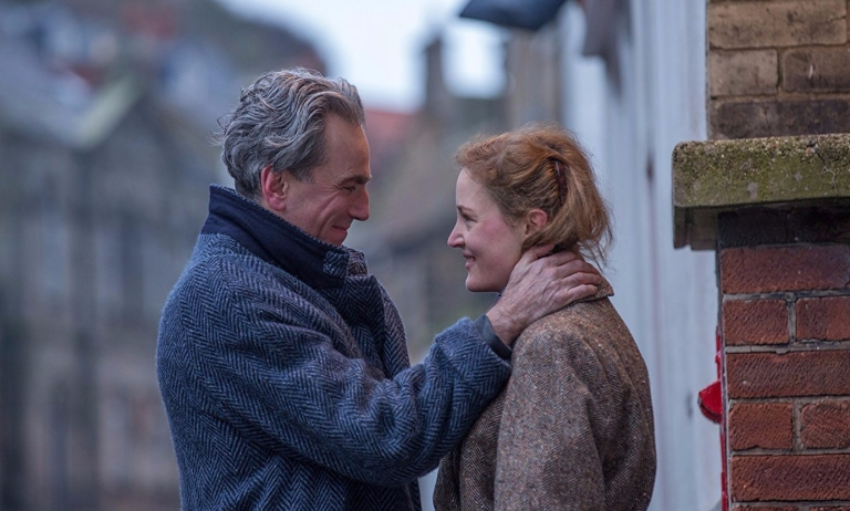 phantom-thread2-e1516864936465.jpg